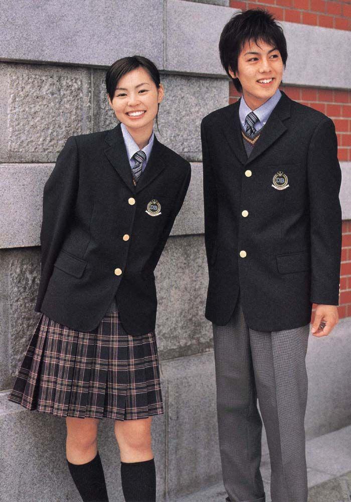 新设计初高中学生制服