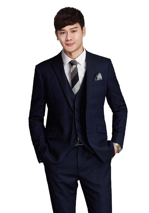 了解一下领带与定制西装搭配的原则