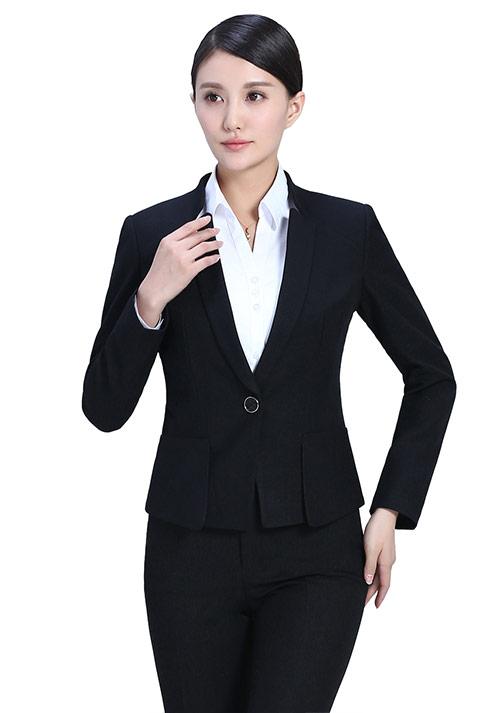 北京定做西装的注意事项有哪些?在北京选择定做西装的理由